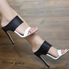 Ladies Sandals High Heels Black and White Zapatos Department Name: Adult Item Type: Sandals Lining Material: PU Style: Fashion Pattern Type: Mixed Colors Fashion Element: Rome Upper Material:… Office Shoes, Stilettos, Stiletto Heels, Pumps, High Heels Schwarz, Zapatillas Casual, Fashion Pattern, Giuseppe Zanotti Heels, Designer Shoes