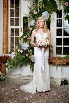 She Walks with Beauty by Amanda Wyatt Bridal Gown Style - shiloh