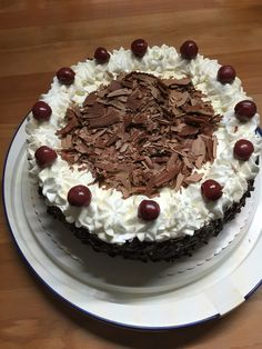Schwarzwälderkirsch Tiramisu, Fondant, Cake, Ethnic Recipes, Tips, Desserts, Photos, Food, Cherries