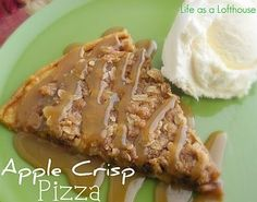 apple crisp pizza - just in time for fall! I believe I would like it without the caramel