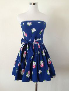 NWT Abercrombie & Fitch Hollister Strapless Floral all over Sun Dress Blue M