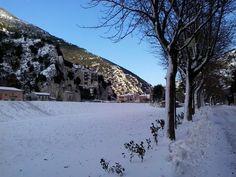 http://www.hotelsinmarche.com/macerata Suggestivo #paesaggio #invernale di Pioraco, entroterra #maceratese di Mario di Matteo