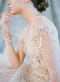 Elegant French Chateau Gilded Wedding Inspiration Elegant French Chateau Gilded Wedding Inspiration bride in an intricate gold detailed wedding gown Elegant Wedding Dress, Elegant Dresses, Beautiful Dresses, French Wedding Dress, Glamorous Wedding, Bridal Gowns, Wedding Gowns, Kleidung Design, Dream Wedding