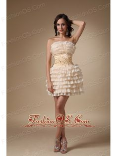 Buy champagne strapless mini length layered homecoming cocktail dress with beading from popular homecoming dresses collection, strapless neckline a line in champagne color,cheap mini length dress with lace up back and for homecoming graduation . Red Homecoming Dresses, Prom Dress 2014, High Low Prom Dresses, Straps Prom Dresses, Prom Dresses Online, Prom Party Dresses, Quinceanera Dresses, Bridesmaid Dresses, Dresses 2013