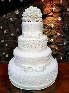 Floral Wedding Cakes, White Wedding Cakes, Elegant Wedding Cakes, Beautiful Wedding Cakes, Beautiful Cakes, Amazing Cakes, Dream Wedding, Tornado Cake, Cake By The Pound