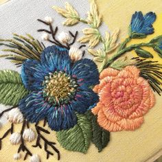 686 Likes, 5 Comments - Simple Embroidery, Embroidery Art, Silk Ribbon, Rococo, Applique, Textiles, Diy Crafts, Throw Pillows, Stitch