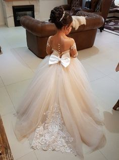2b0a951a90d 410 Best Flower girl dresses images in 2019
