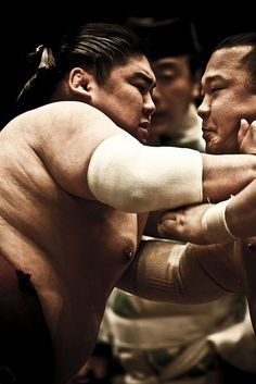 The winner of a sumo bout is either:  The first wrestler to force his opponent to step out of the ring.  The first wrestler to force his opponent to touch the ground with any part of his body other than the bottom of his feet.