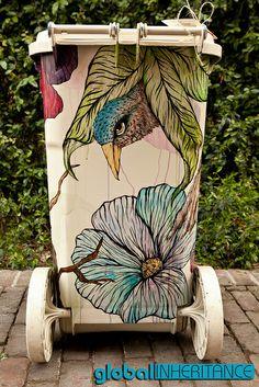 TRASHed,,,,,, Coachella artist:: Katie Green Murals Street Art, 3d Street Art, Street Art Graffiti, Amazing Street Art, Amazing Art, Painted Trash Cans, Trash Art, Sidewalk Art, Trash Bins