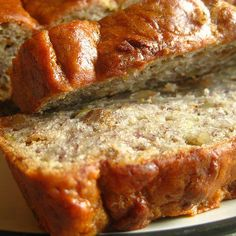 Simple Vegan Banana Bread Recipe No eggs, oil or butter=very low or no fat! 🙂 (… Simple Vegan Banana Bread Recipe No eggs, oil or butter=very low or no fat! 🙂 (Don't use 5 bananas! It's way too gummy :p Bleck! Stick with 3 or Vegan Foods, Vegan Snacks, Vegan Dishes, Vegan Desserts, Vegan Vegetarian, Vegan Sweets, Vegan Gummies, Delicious Desserts, Egg And Bread Recipes