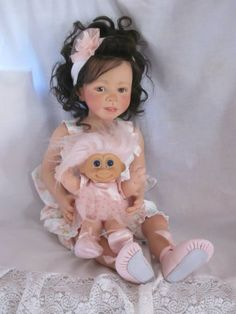 "She is a rare, discontinued ""Jade"" by Danielle Zweers… Reborn Toddler, Toddler Dolls, Reborn Doll Kits, Reborn Baby Dolls, Ooak Dolls, Art Dolls, Realistic Baby Dolls, Star Nursery, Pretty Baby"