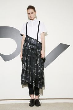 Y's Yohji Yamamoto Spring-Summer 2016 (Spring 2016)