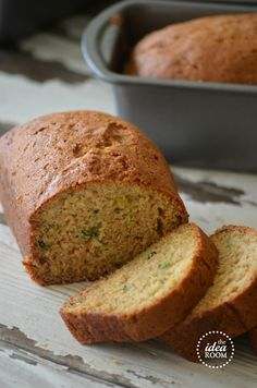 Zucchini bread from theidearoom.net #zucchini