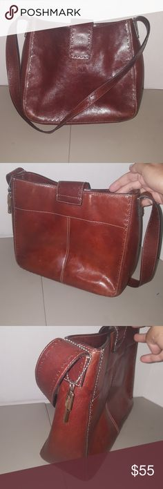 Fossil leather handbag brown zb9097 Fossil brown leather hobo style handbag style zb9097 3 compartments inside good condition Fossil Bags Hobos