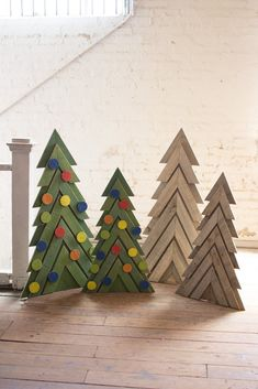 Set Of Two Green Wooden Christmas Trees Product Description Product Dimensions: 6 W X 2 H X 5 D (in) Material: Wooden Color: Green SKU: Brand: Kalalou Wooden Christmas Crafts, Cardboard Christmas Tree, Diy Christmas Tree, Christmas Projects, Holiday Crafts, Pallet Wood Christmas Tree, Wooden Xmas Trees, Painted Christmas Tree, Wooden Christmas Yard Decorations