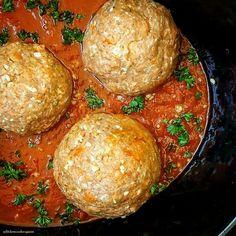 Slow Cooker Mozzarella Stuffed Meatballs