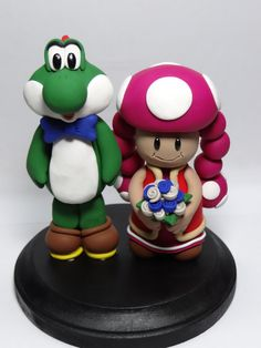Yoshi and Toadette Cake Topper