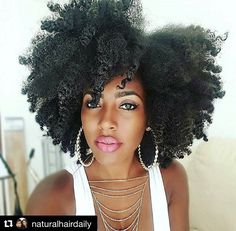 #currentmood Feeling glamorous like Shanillia26! #NaturalHair via Natural Hair Daily - Elle & Neecie www.thepuffcuff.com