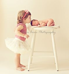 Sibling pic...love it! When Ava's a big sister :)