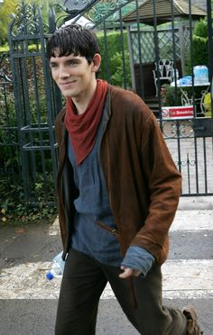 The cutest dork there ever was- Colin Morgan. Merlin Show, Merlin Fandom, Merlin Cast, Colin Bradley, Bradley James, Merlin Colin Morgan, Merlin And Arthur, Bbc Tv Series, Hottest Guy Ever