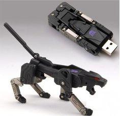 Ravage Transformers USB Drive (!!!)