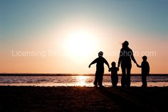 Love the silhouette of families