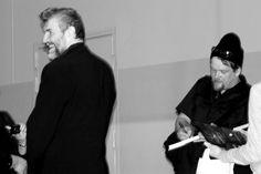 Kauko Röyhkä ja Ville Haapasalo: Et tätäkään usko! tarkemmin: Et muuten tätäkään usko - Ville Haapasalon 2000-luku Venäjällä. Villen matkakirja Venäjälle on jo toisessa osassa. Jos aiemmin olimme Neukkulassa, nyt Äiti Venäjällä. Matkakirja tai mikä on kirja kun kertoo asumisesta, kotoutumisesta toiseen maahan.