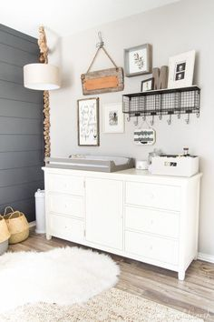 Farmhouse Nursery | Nursery decor ideas | Neutral Nursery designs | neutral rustic and coastal |