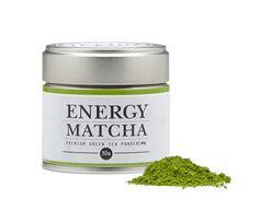 Considerado um dos melhores chás do mundo, Matcha é um chá verde japonês que se apresenta em pó. O Energy Matcha é rico em antioxidantes e cafeína e fornece um agradável efeito revitalizante e desintoxicante do organismo. Energy Matcha é também a alternativa saudável para o seu café diário!  Ingredientes: Matcha 100% biológico, proveniente de folhas de chá verde tencha.