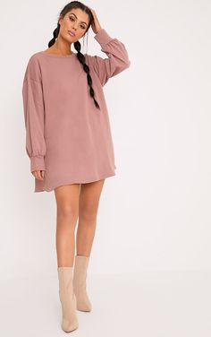 Oversized Jumpers Oversized Sweaters PrettyLittleThing AUS woman in oversized sweater - Woman Knitwear and Sweaters Oversized Grey Sweater, Oversized Jumpers, Night Outfits, Fashion Outfits, Bar Outfits, Vegas Outfits, Woman Outfits, Club Outfits, Men Fashion