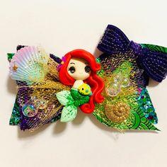 Diy Bow, Diy Ribbon, Disney Princess Hairstyles, Disney Hair Bows, Bow Template, Bow Shop, Baby Hair Clips, Boutique Hair Bows, Making Hair Bows
