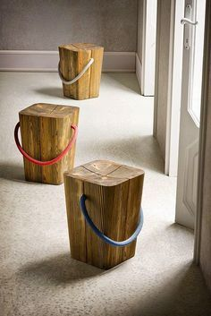 BE -elite,TO BE - Aprenda a fazer uma mesinha usando 14 cubos de madeira, super fácil, sem parafusos e muito resistente! Lift Stool – BARTER DESIGN Solid wood stool HUG by ELITE TO BE Buy online Hug By elite to be, solid wood stool design Emo Design Deco Design, Wood Design, Studio Design, Design Design, Interior Design, Log Furniture, Furniture Design, Chair Design, Plywood Furniture