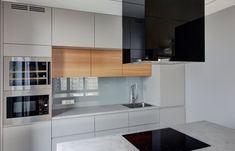 kuchnia  - ciemniejszy odcień szarości  - więcej drewnopodobnych dodatków    - cegła na ścianie   - tablica metalowa