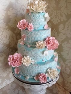 Stunning wedding cake ~ Wild sugar roses and lace ~  all edible