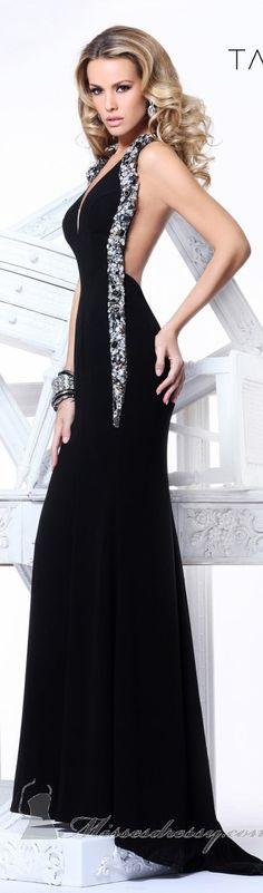 Tarik Ediz Couture this is sooo pretty Stunning Dresses, Beautiful Gowns, Elegant Dresses, Pretty Dresses, Sexy Dresses, Beautiful Outfits, Fashion Dresses, Prom Dresses, Fashion Clothes