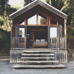 ✭#Cottage #Lake   @thedailybasics ♥♥♥