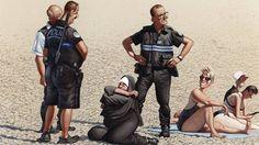Der österreichische Zeichner Gerhard Haderer wagt einen Blick an den Strand. Der stern zeigt eine Auswahl vonHaderers besten Cartoons.