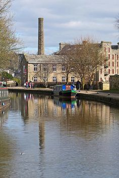 Leeds and Liverpool Canal, Skipton♥