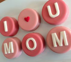Mother's Day Chocolate Gifts for Her: I Love You Mom Six Chocolate Covered Oreos by Sakura Confections @ Etsy