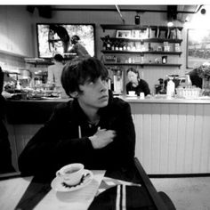 Jake Bugg, Weird Creatures, Fictional Characters, Boys, Baby Boys, Fantasy Characters, Guys, Sons, Young Boys