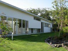 Izukougen House / Atelier Shinya Miura