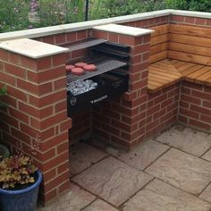 Barbecue Patio Ideas – With the weekend drawing to a close a.- Barbecue Patio Ideas – With the weekend drawing to a close and summer just on the way, getting a barbecue station running might be an idea on the top of your mind. Barbecue Ideas Backyard, Garden Bbq Ideas, Bbq Grill Diy, Patio Ideas, Diy Bbq Area, Barbecue Garden, Outdoor Grilling, Picnic Ideas, Brick Built Bbq