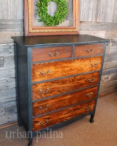 Chest of Drawers Makeover Using Annie Sloan Chalk Paint Graphite and Aubusson with Wood Grain Drawers by Urban Patina - Featured On Furnitur...