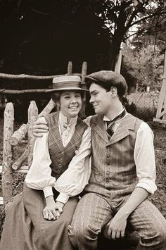 of Green Gables actor Jonathan Crombie dies at age 48 Anne of Green Gables - oh Gilbert Blythe. MoreAnne of Green Gables - oh Gilbert Blythe. Jonathan Crombie, Gilbert Blythe, Anne Of Green Gables, Anne Green, Anne Shirley, Movies Showing, Movies And Tv Shows, Bon Film, Anne With An E