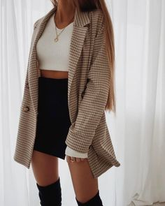 Casual Fall Outfits That Will Make You Look Cool – Fashion, Home decorating Mode Outfits, Fashion Outfits, Womens Fashion, Fashion Clothes, Fashion Ideas, Fashion Tips, Fashion Hacks, Blazer Fashion, Fashion Trends