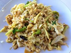 Healthy Dinner Recipe: Egg and Cabbage Stir Fry #cleaneating #healthyeating #healthyrecipe