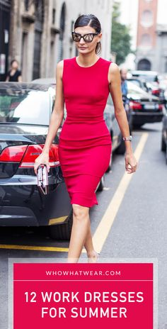 Little red dress-Giovanna Battaglia leaving the Dolce Gabbana show today in a stunning red dress. Office Fashion, Business Fashion, Work Fashion, Fashion Ideas, Looks Style, My Style, Style Work, Little Red Dress, Dresses For Work