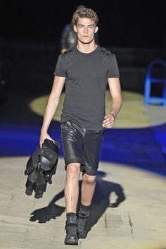 Philipp Plein Men's RTW Spring 2015 - Slideshow Fashion Shorts, Men's Fashion, Leather Fashion, Leather Men, Leather Shorts, Bambam, Spring Collection, Spring 2015, Menswear
