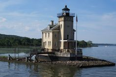 https://flic.kr/p/M16peB | Rondout Creek Light | on the west side of the Hudson River near Kingston, New York; built in 1915.