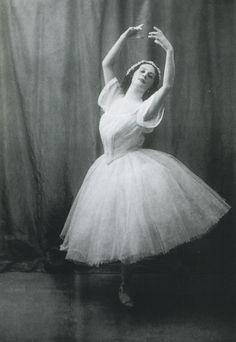 Anna Pavlova in Les Sylphides 1909